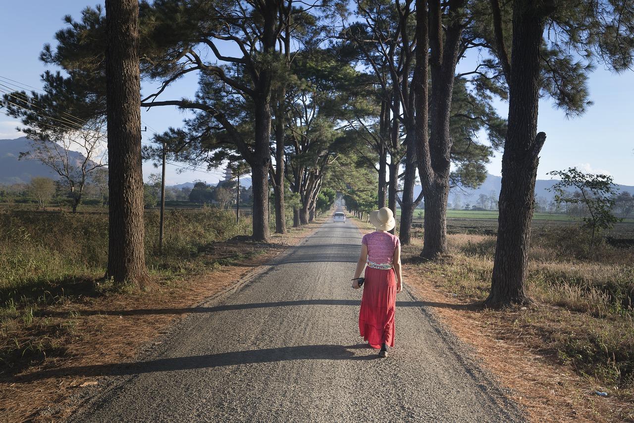 ウォーキングで痩せる歩き方を解説!痩せやすい箇所や期間についてもご紹介の画像