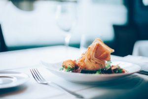 お腹に優しい飲み方③食事の量をセーブの画像